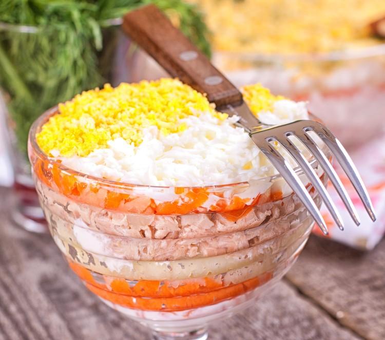 Салат нежность с курицей слоями рецепт